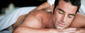 Massage sportif du dos-sport-douleur du dos-relaxant